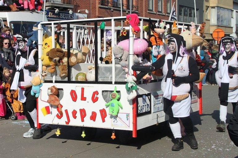 Eendracht vertegenwoordigd in carnavalsstoet