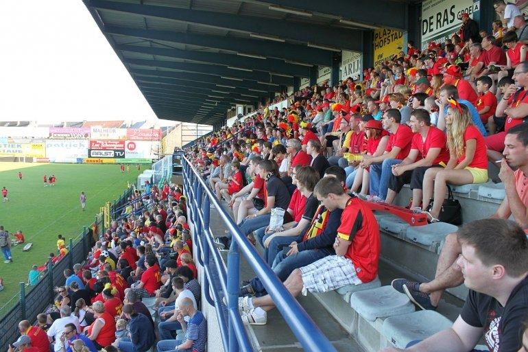 Zaterdag voetbaldag in Pierre Cornelisstadion!