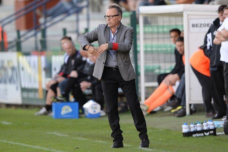 Trainer Regi Van Acker verlengt contract